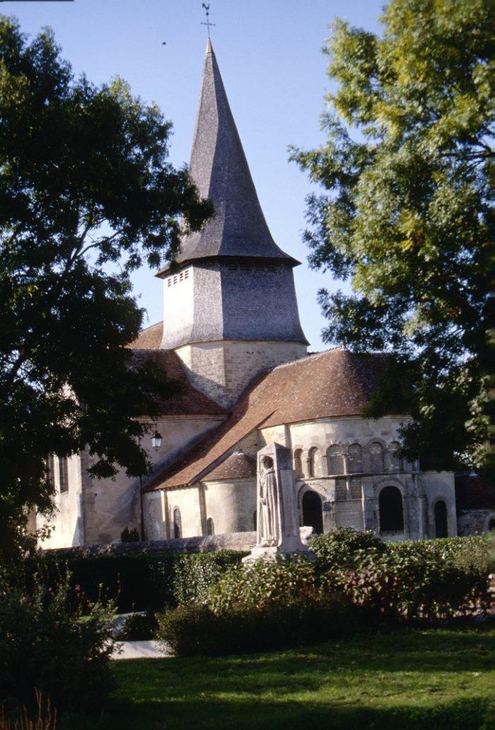 Eglise de St Outrille 5 photo Editions Gaud