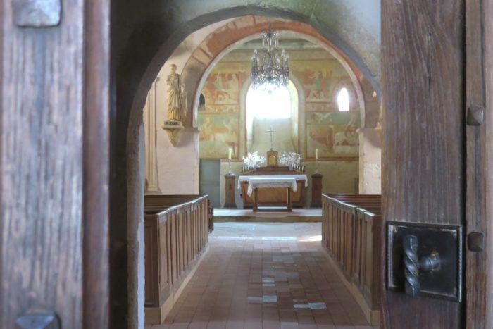Eglise-Brinay-intérieur