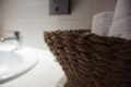 HOTEL LA SOLOGNOTE BRINON SUR SAULDRE DETAIL SALLE D'EAU