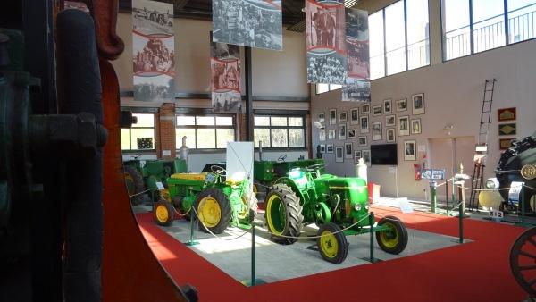 Museevierzon-tracteurs